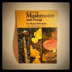 All Color Book Of Mushrooms and Fungi